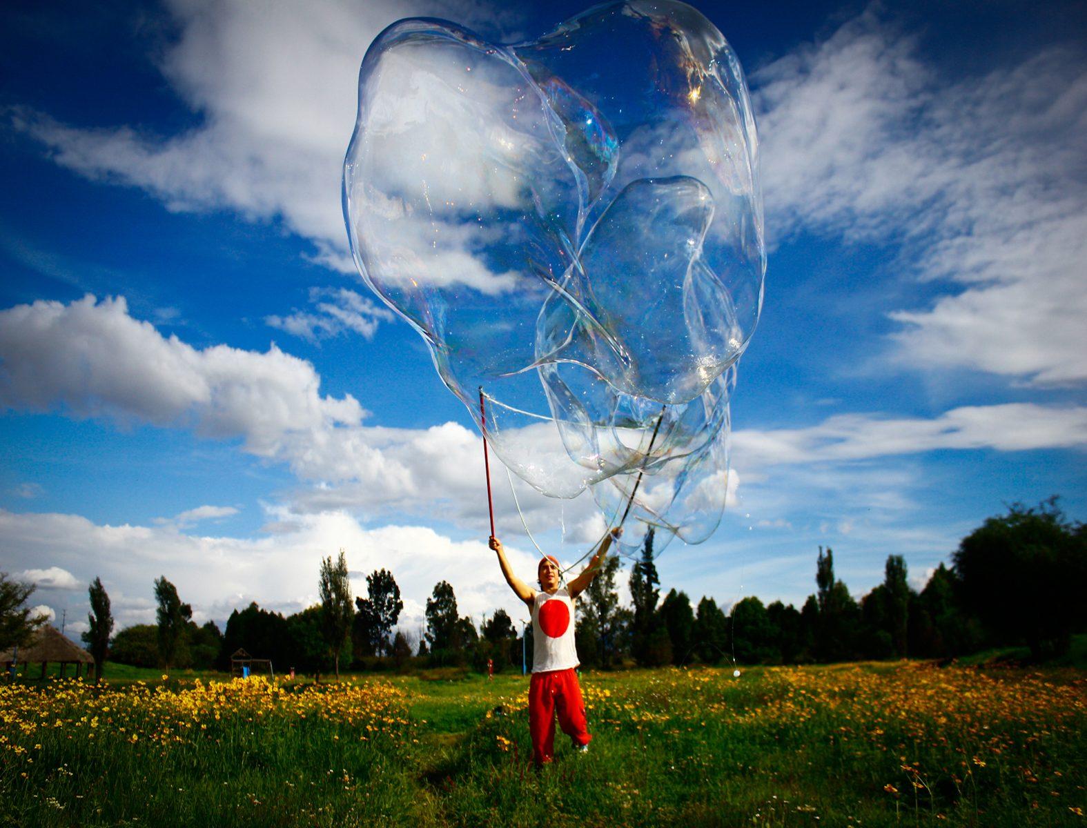 Puedes hacer burbujas gigantes