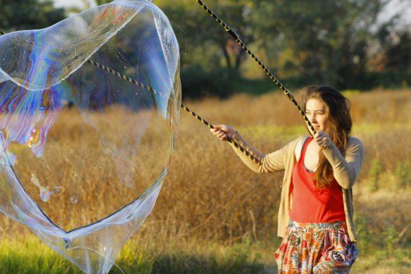 crea burbujas gigantes